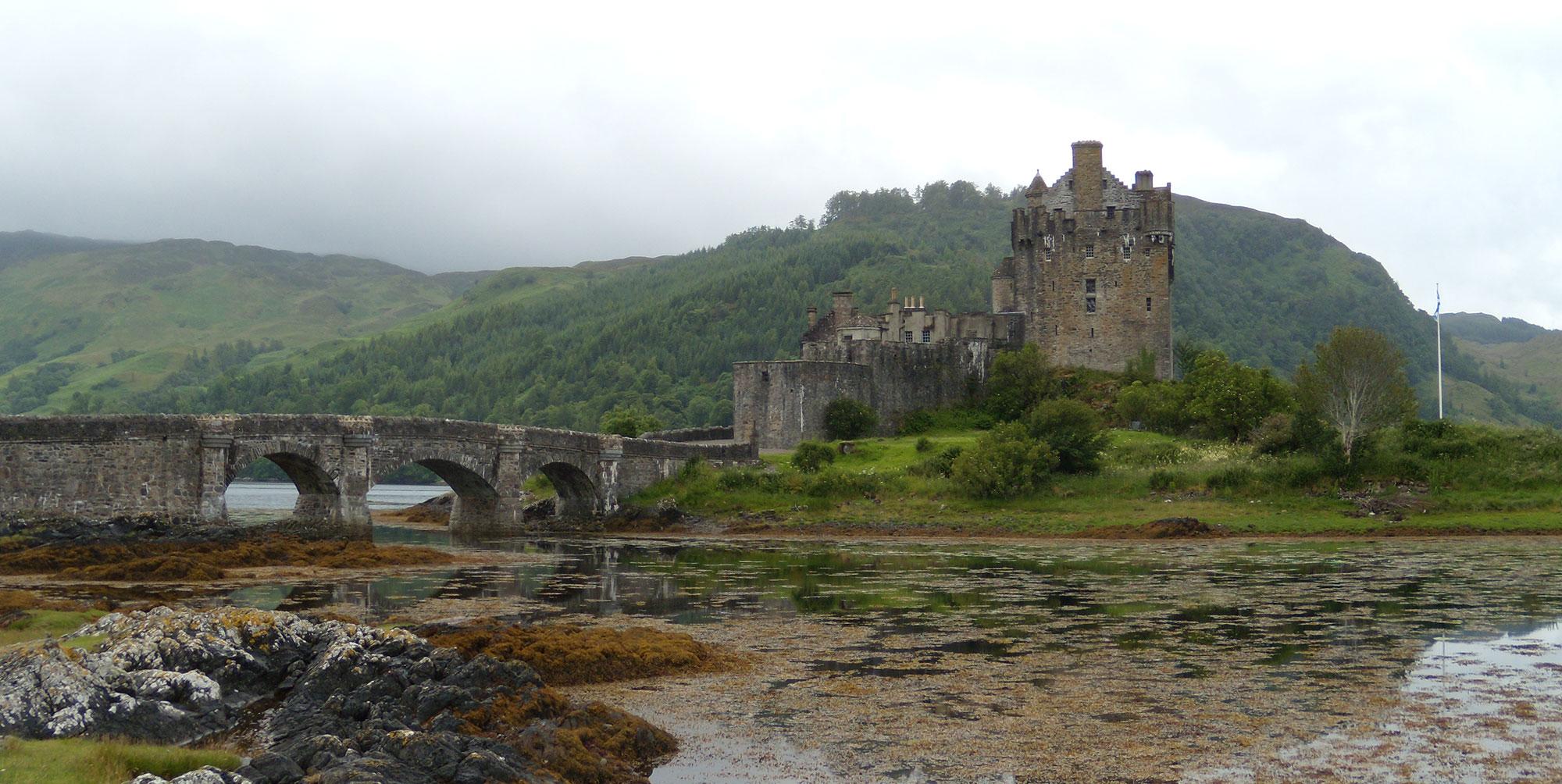 Gli Alieni Hanno Invaso La Scozia Dornie