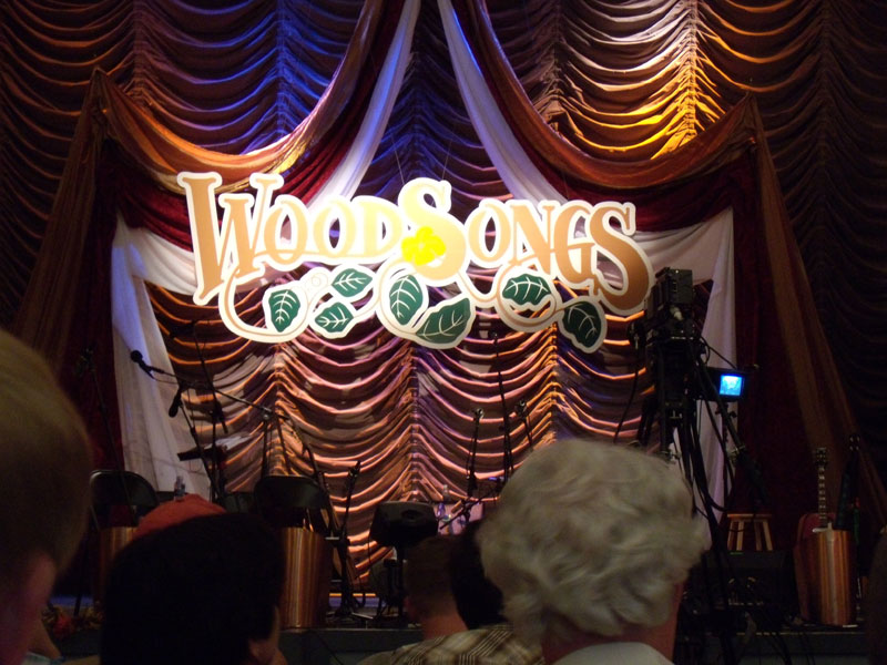 woodsongs_stage